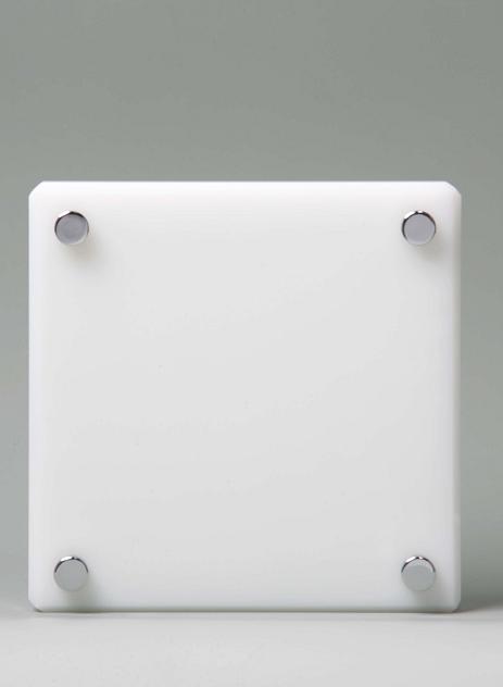 クリスタル表札 M・乳白色 美麗ケース付き 150×150mm