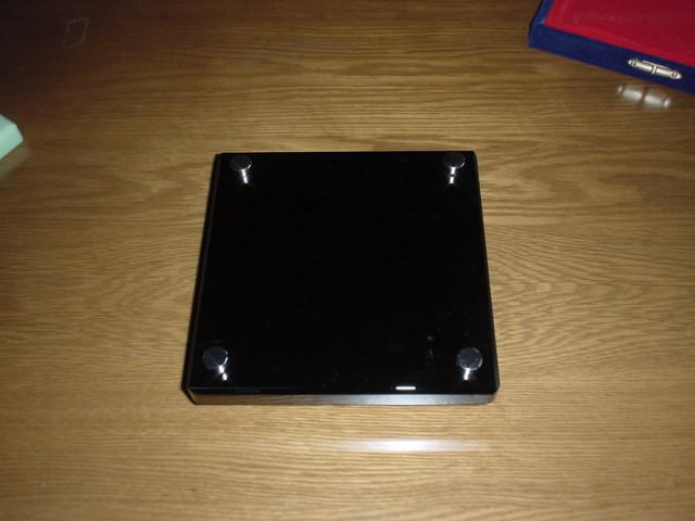 クリスタル表札 L・艶黒 美麗ケース付き 200×200mm