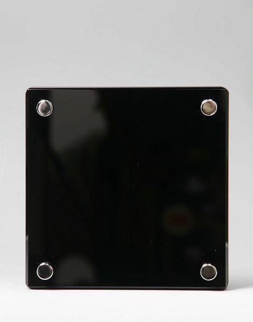 クリスタル表札 M・艶黒 美麗ケース付き 150×150mm
